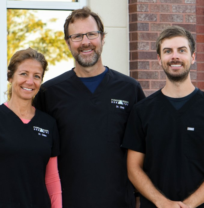 Lincoln Dentists Smiling